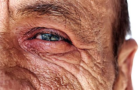 Dvanáct superpotravin proti stárnutí kůže